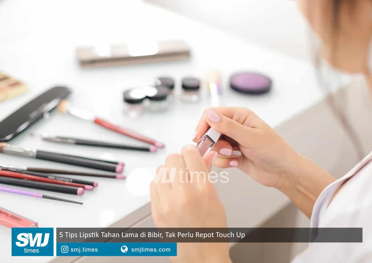 5 tips lipstik tahan lama di bibir tak perlu repot touch up