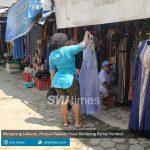 menjelang lebaran penjual pakaian pasar rembang ramai pembeli