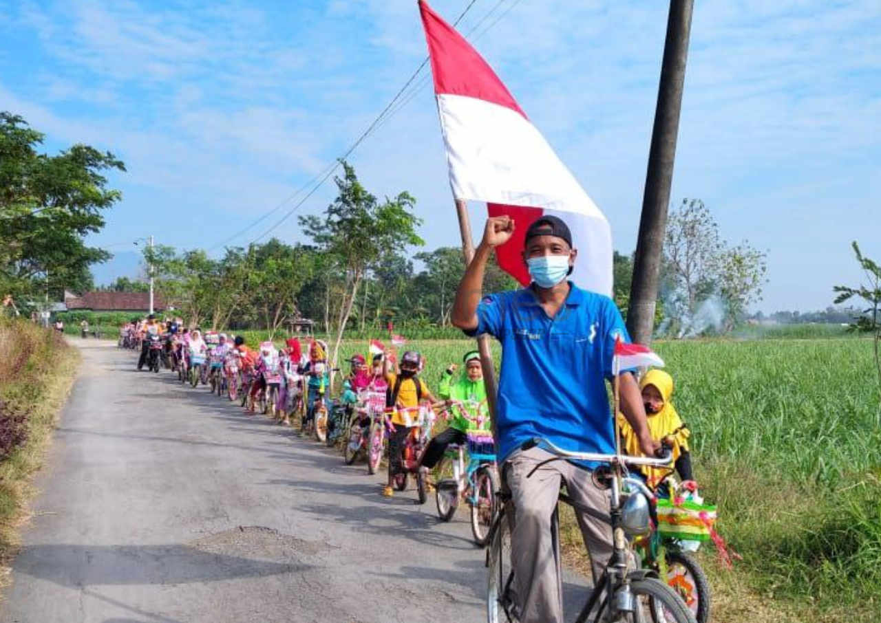 komunitas omah dolanan ajak anak meriahkan hut ri ke 76