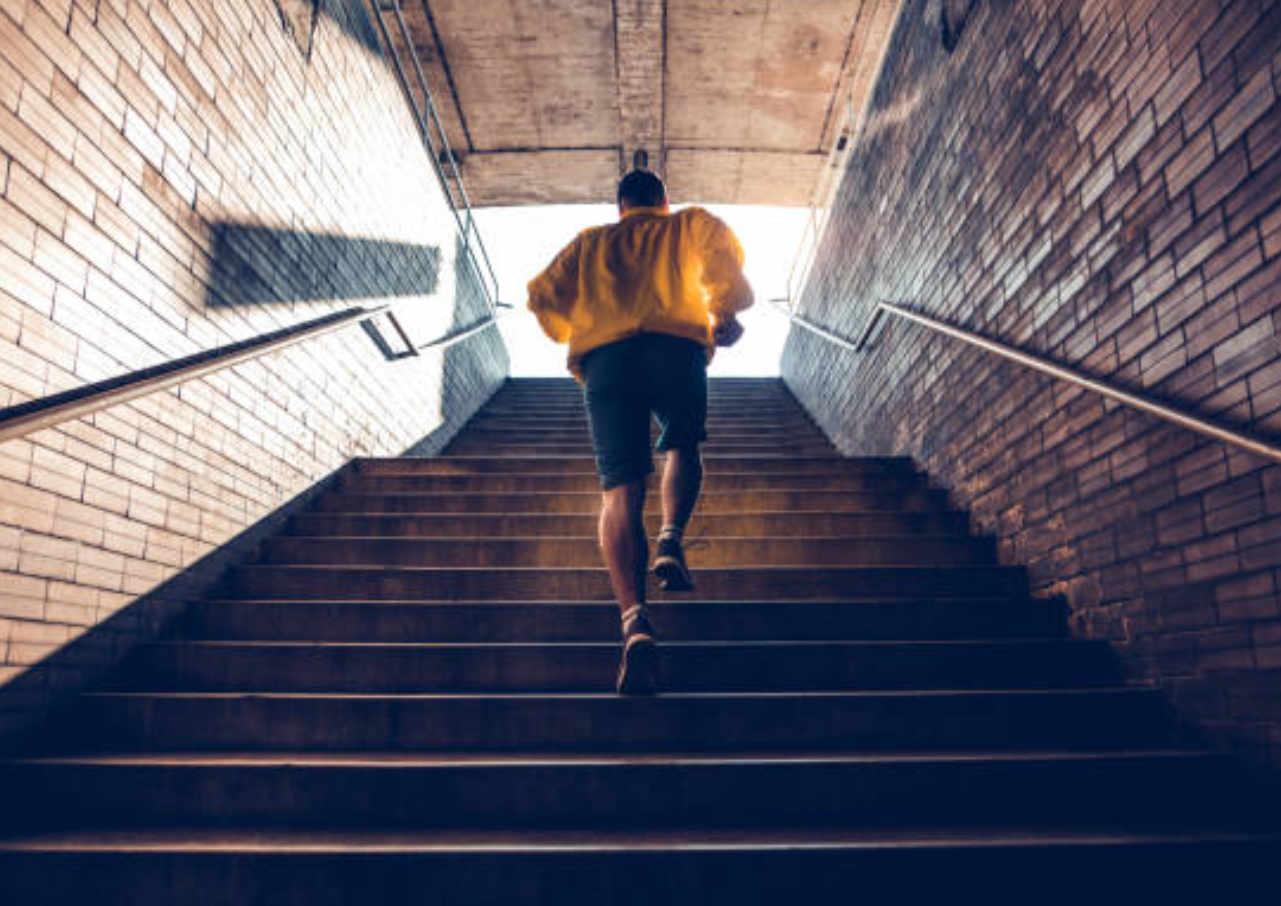 13 Cara Mudah Mengecilkan Paha dan Betis yang Menyehatkan