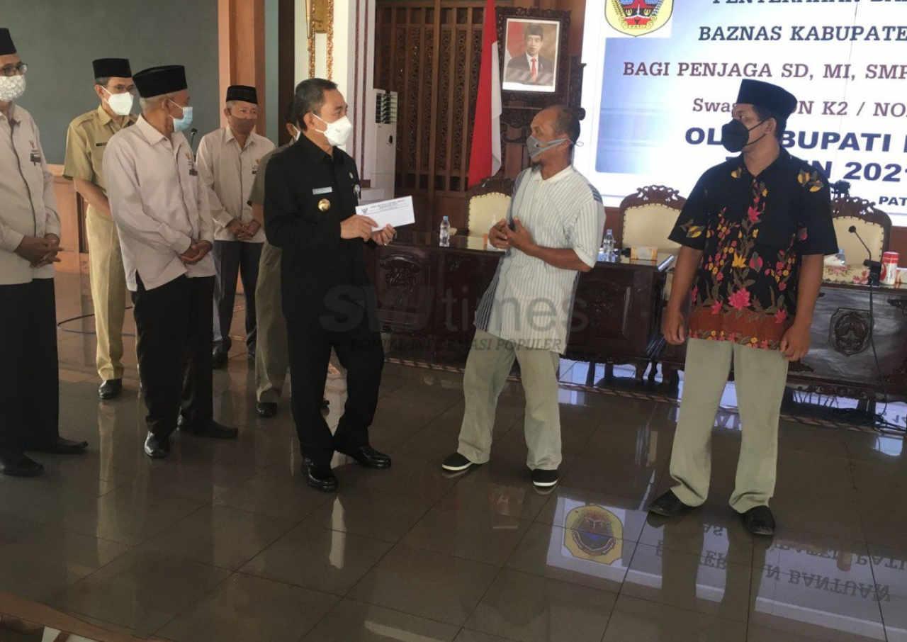 773 penjaga sekolah di pati terima bantuan dari baznas