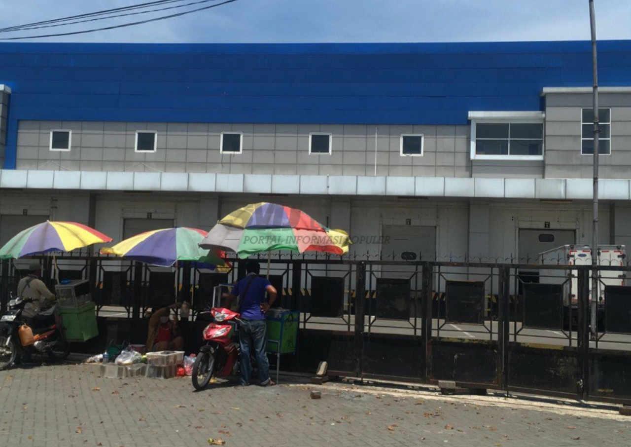 warga keluhkan bau menyengat diduga dari pabrik pengolah ikan